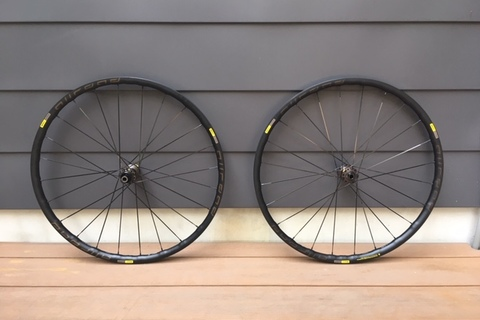 MAVIC ALLROAD ELITE DISC ROAD PLUS 入荷致しました!!